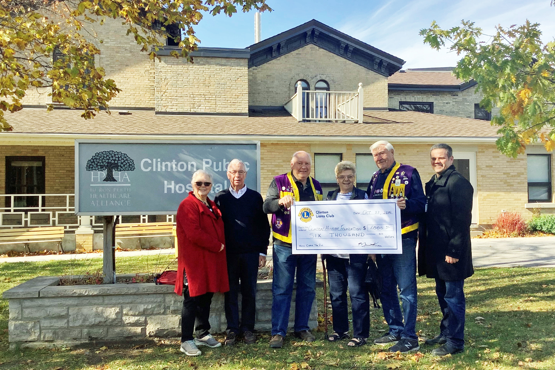 Clinton Lions Club Makes Donation Towards Radiothon Goal